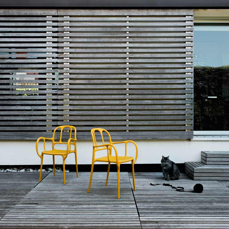 rumillat-chaises-Milà_Group_3